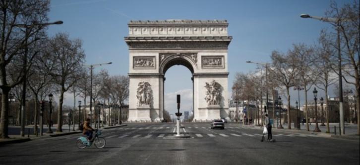 La France confinée jusqu'au 1er décembre