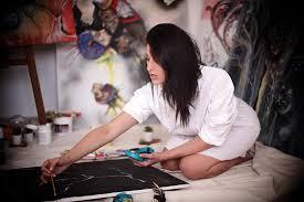 Elle chante, elle danse et elle peint .... Manal Cherki