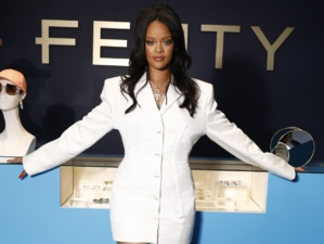 Fenty, la marque de prêt-à-porter de Rihanna, suspend ses activités