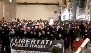 Espagne: violentes émeutes suite à l'arrestation d'un rappeur