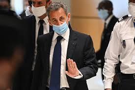 Nicolas Sarkozy condamné à un an de prison ferme , en attendant la Cour d'appel.