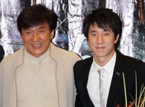 Jackie Chan donnera sa fortune à la charité, rien pour son fils !
