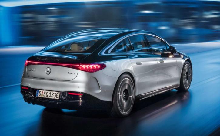 Mercedes-Benz innove encore : Mercedes EQS (2021) une limousine 100 % électrique