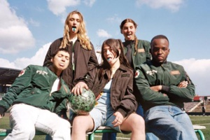 Foot : le Red Star dévoile sa collaboration avec Bombers Original