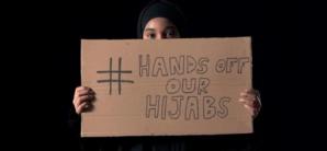 #HandsOffMyHijab, le hashtag lancé par l'influenceuse Rawdah Mohamed