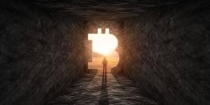 Bitcoin : Les tenants et les aboutissants d'un plongeon