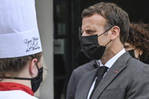 Macron giflé, la France face contre terre ?