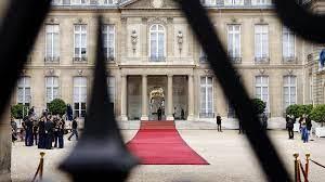 Sale temps pour la diplomatie française