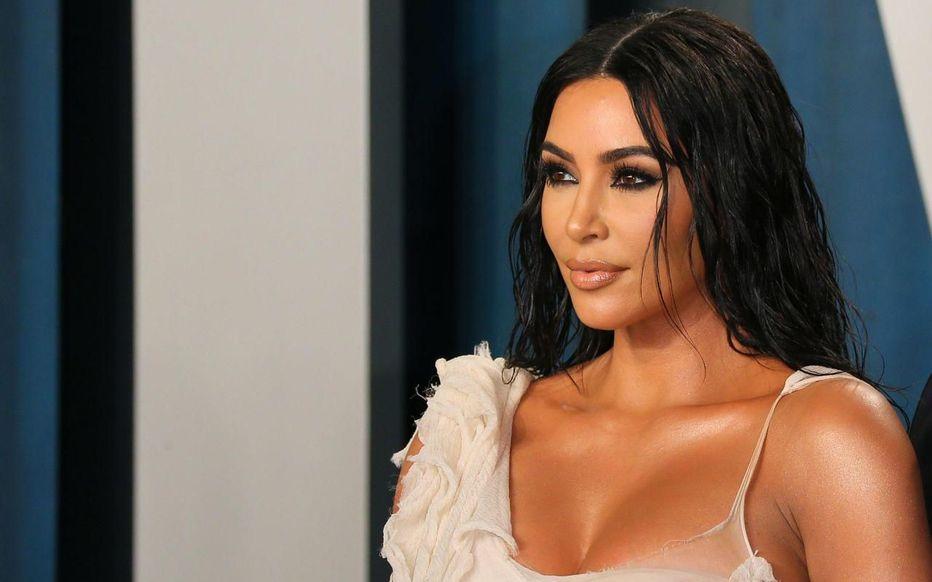 Kim Kardashian distribue plus de 50 000 dollars à ses followers !