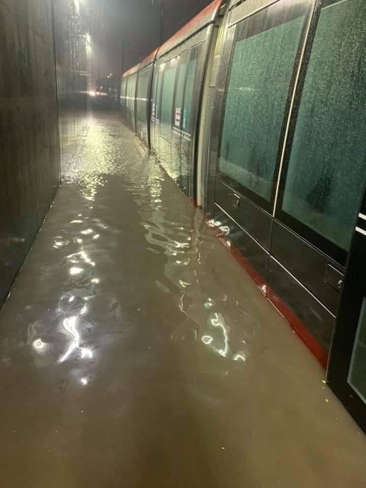Casablanca enfin la pluie mais encore des inondations