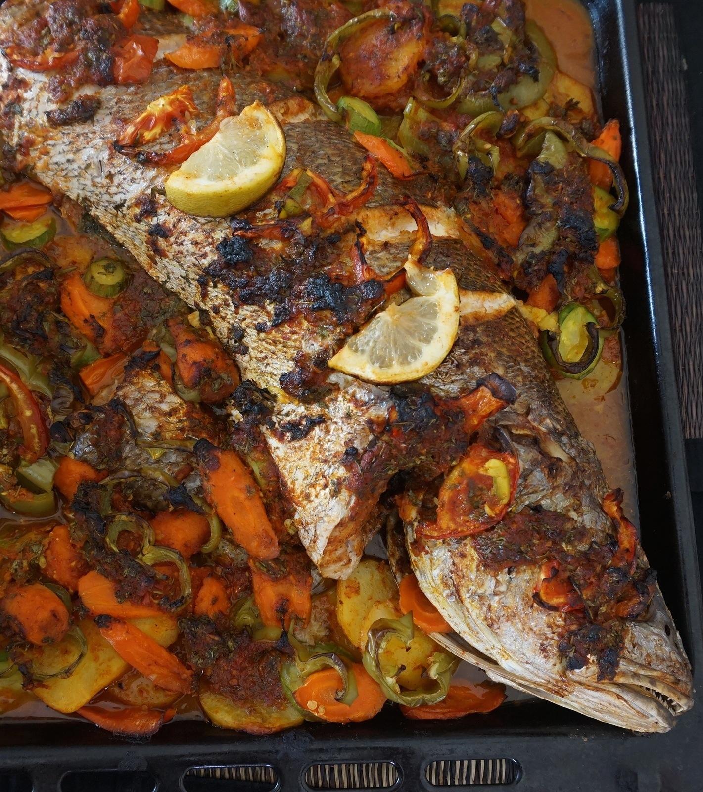 Poisson à la « charmoula » cuit au four