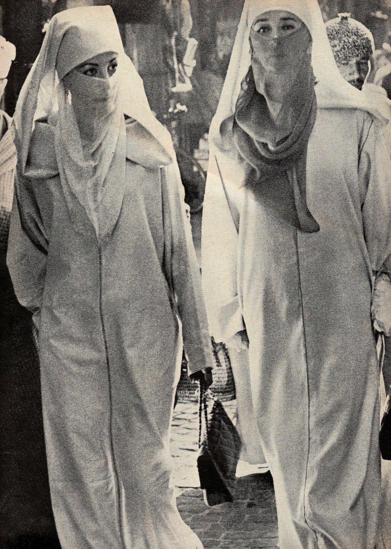 Maroc : Du Haïk à la jupe