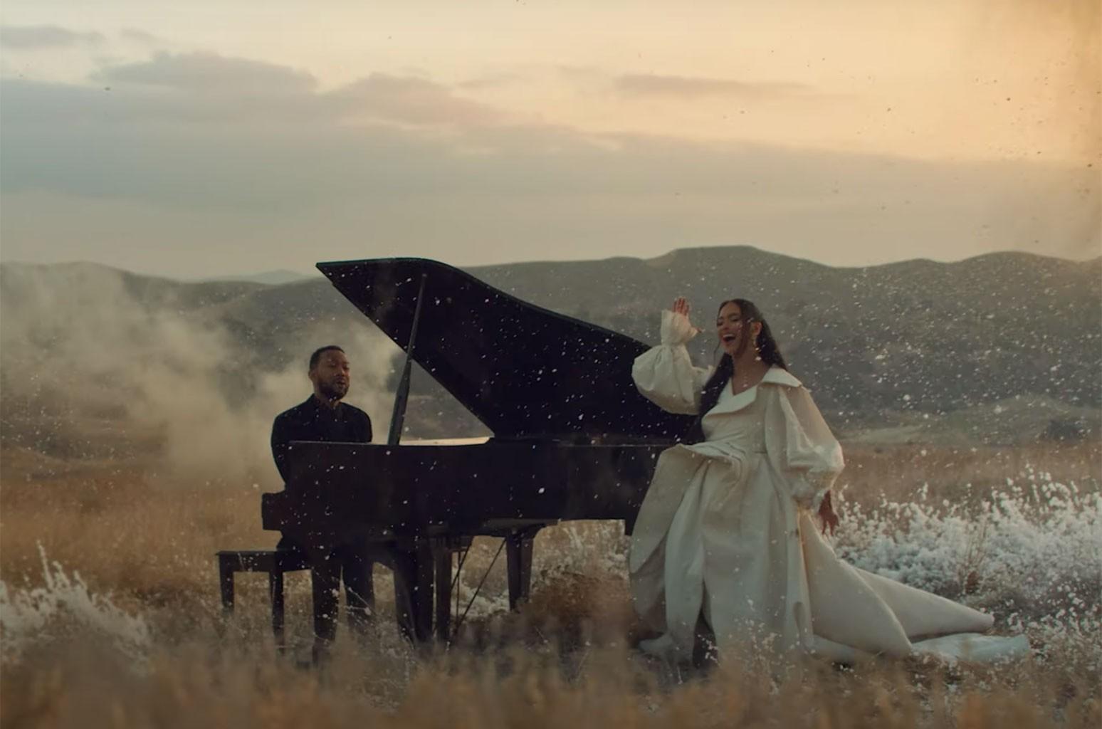"""Nouveau clip : Faouzia et John Legend chantent """"Minefields"""""""