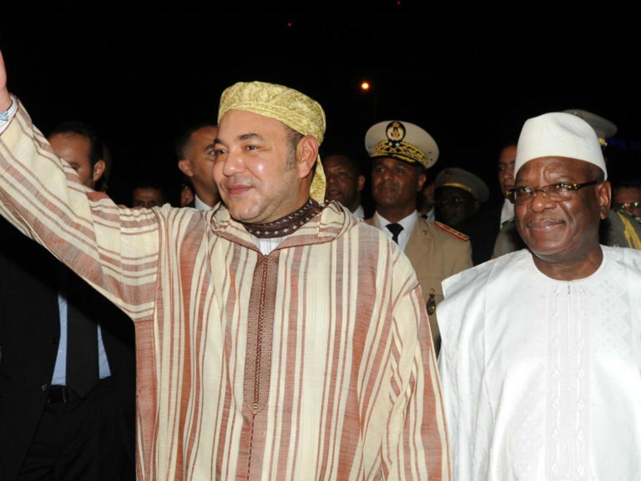 SM Mohammed VI en compagnie de l'ex-président Ibrahim Boubakar Keïta, lors d'une visite, en septembre 2013, au Mali