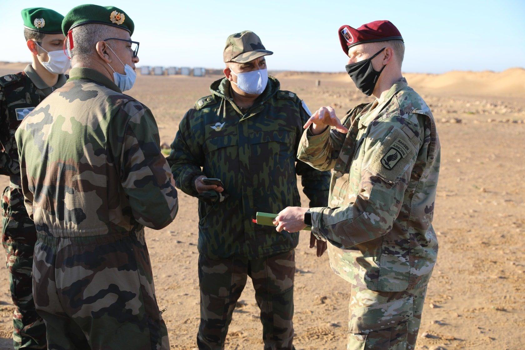 Officiers marocains et américains coordonnant les préparatifs de l'exercice 'African Lion 2021'
