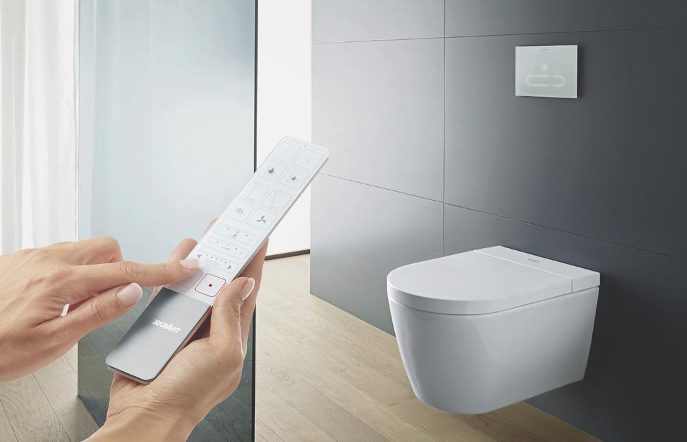 Toilette commandés via une télécommande ou une application pour smartphone