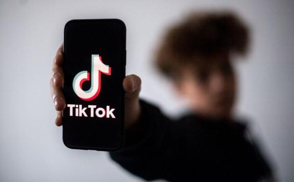 """TikTok :  Le """"rêve indien"""", nouveau jeu dangereux à la mode chez les ados"""