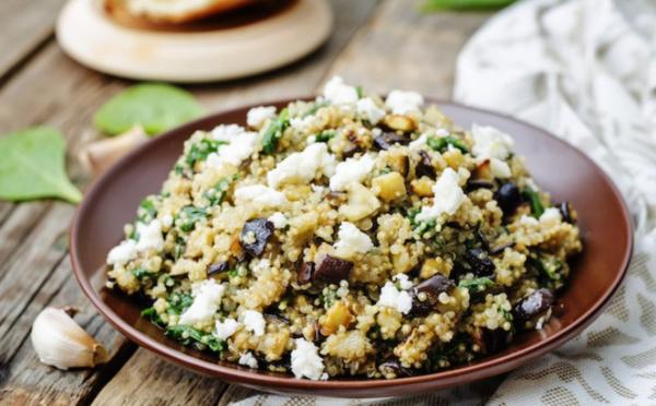 Salade de quinoa feta et légumes
