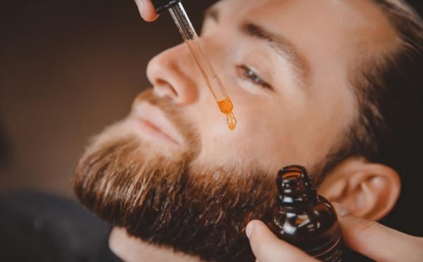 L'huile de ricin pour la barbe : quels bienfaits ?