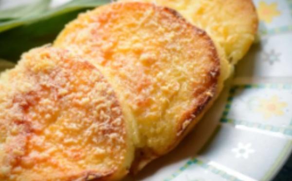 Recette TikTok : galettes de semoule au parmesan
